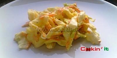 Insalata Coleslaw di cavolo e carote